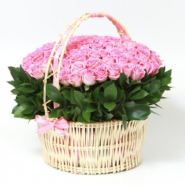 Корзина из 101 розовой розы № 4